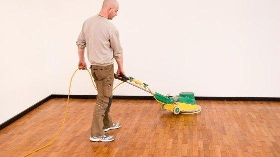 buffing-wood-flooring