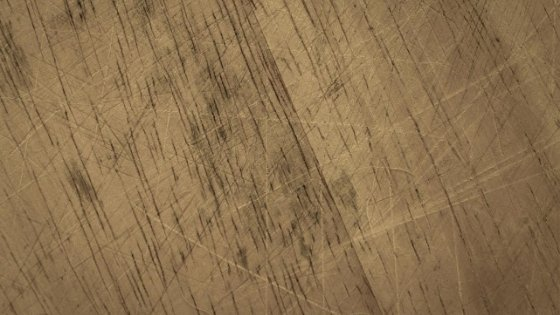 scratches-in-hardwood-floors