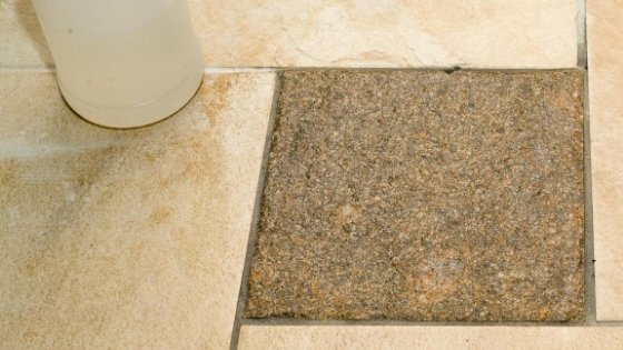 tile-with-removed-grout