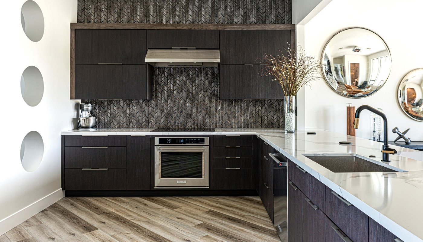 light-grey-laminate-in-kitchen